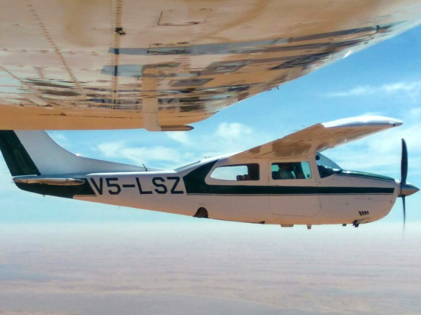 Two Tom's in a Cessna 210 over the magnificent Namib